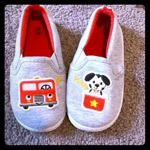 Small toddler slip ons